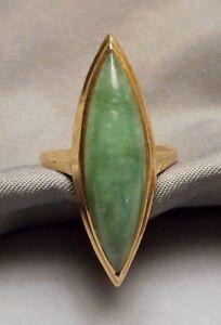 Vintage Ring 14K Yellow Gold & Navette Shaped Green Jade Jadeite 5.6g - Size 5.5