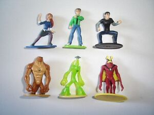 BEN 10 ALIEN FORCE FIGURINES SMALL SET - FIGURES COLLECTIBLES MINIATURES