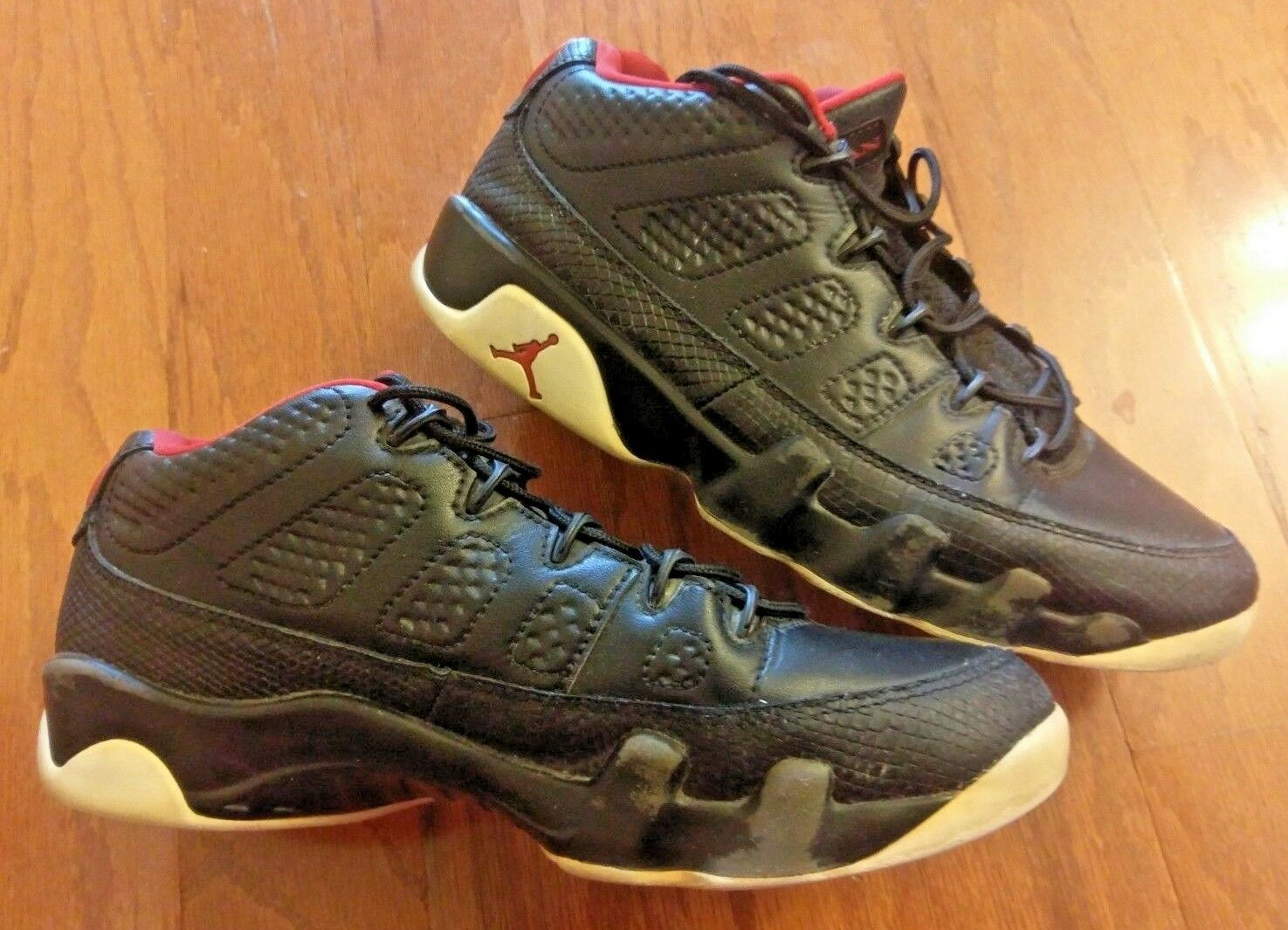 NIKE AIR JORDAN 9 RETRO LOW