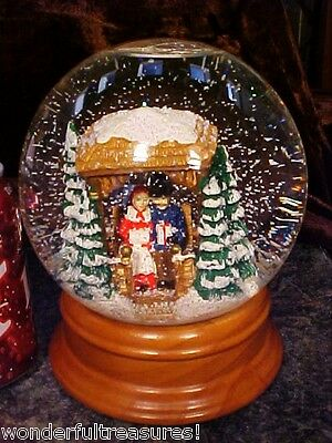 Musical CHRISTMAS Water Globe Snow Ball WOOD Base Couple in Gazebo FIRE Lights!