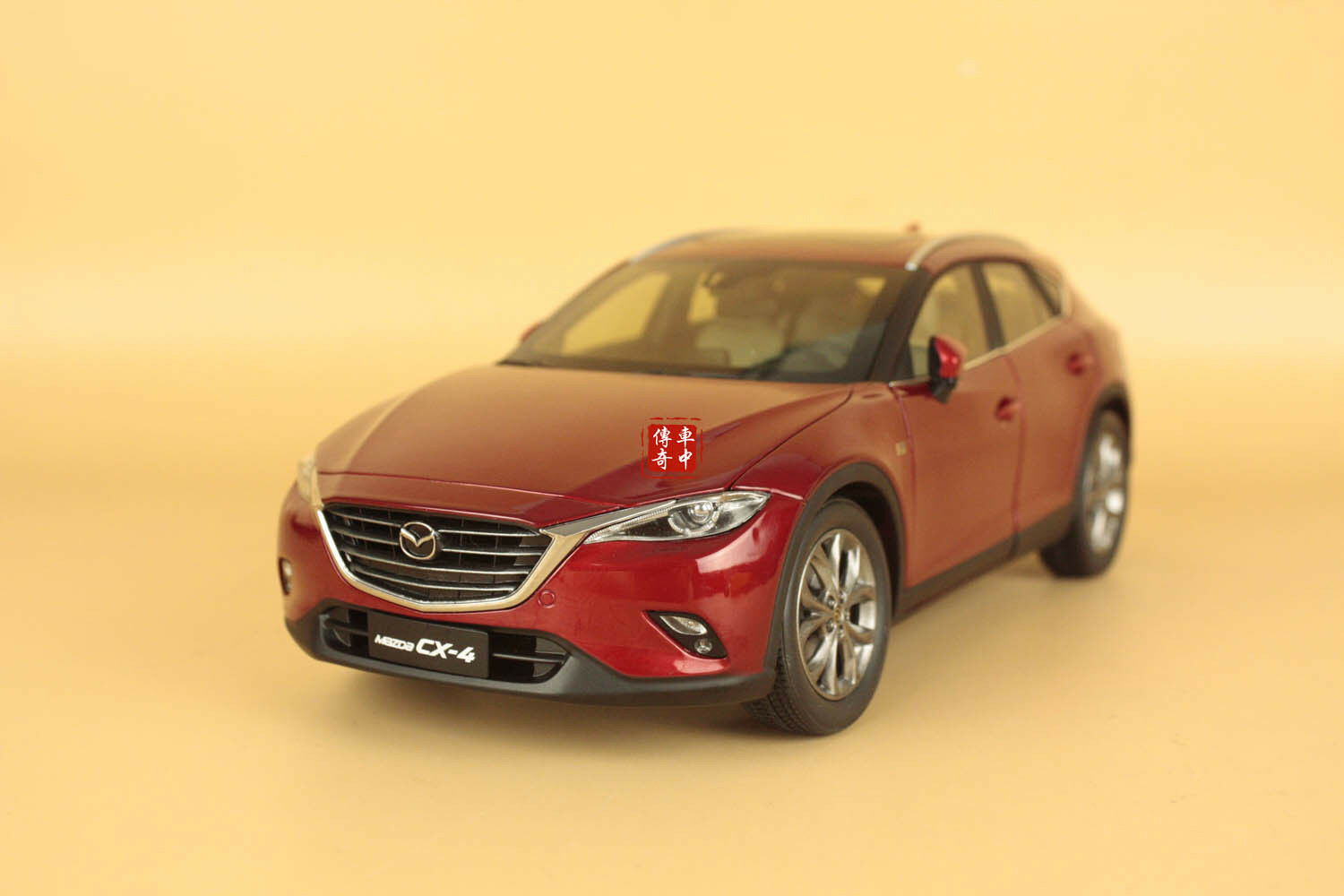 1 18 2016 Nuevo Mazda cx-4 Modelo Coloree rosso + Regalo