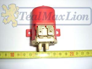Pompe-de-lave-vitre-projecteurs-Peugeot-104-204-304-404-504-604-305-505-J7
