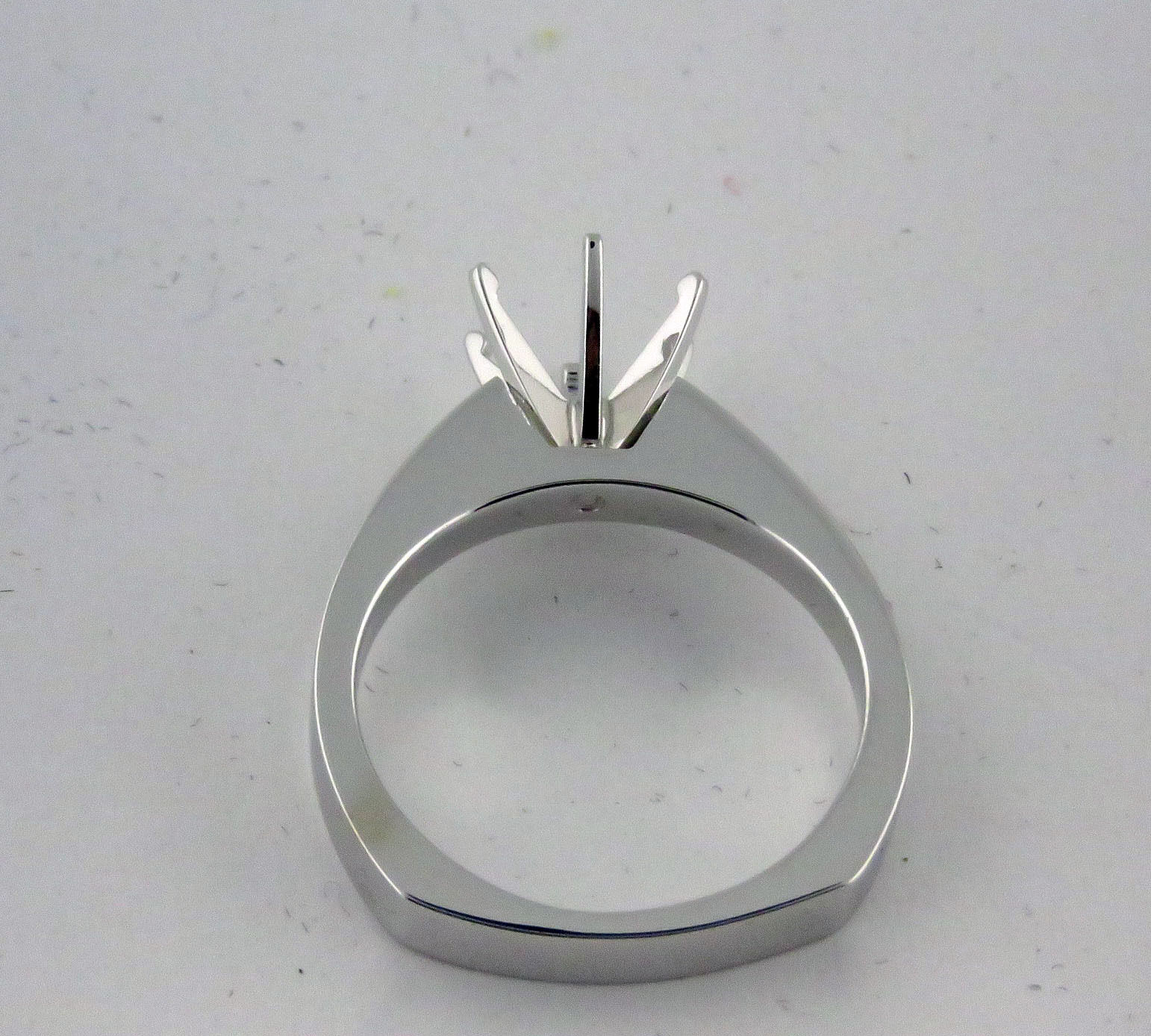 1Ct Solitaire Engagement Ring Mounting 14K solid White gold Euro Square Shank