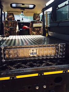 Alloy-750mm-deep-chequer-plate-single-drawer-Land-Rover-landrover-storage-box