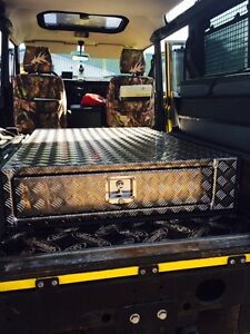 Alloy-500mm-deep-chequer-plate-single-drawer-Land-Rover-landrover-storage-box