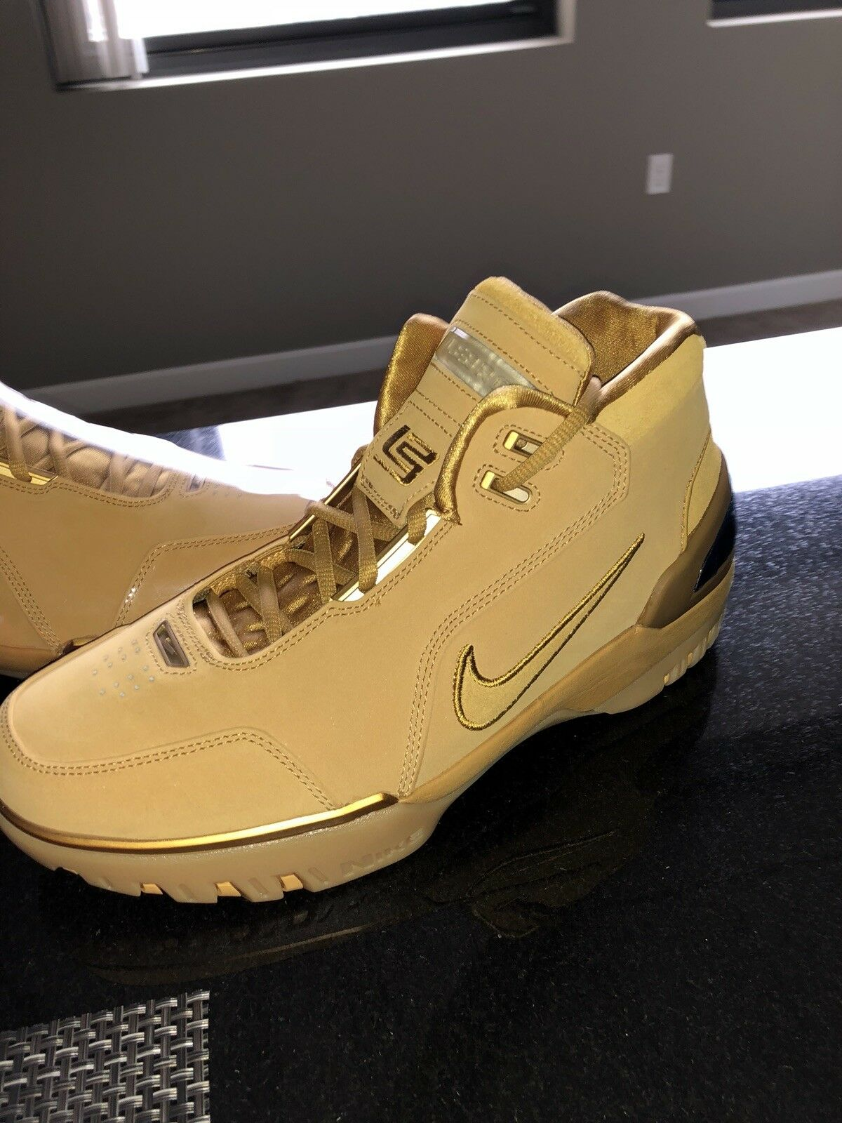 LeBron AZG Retro Wheats  Cheap and fashionable