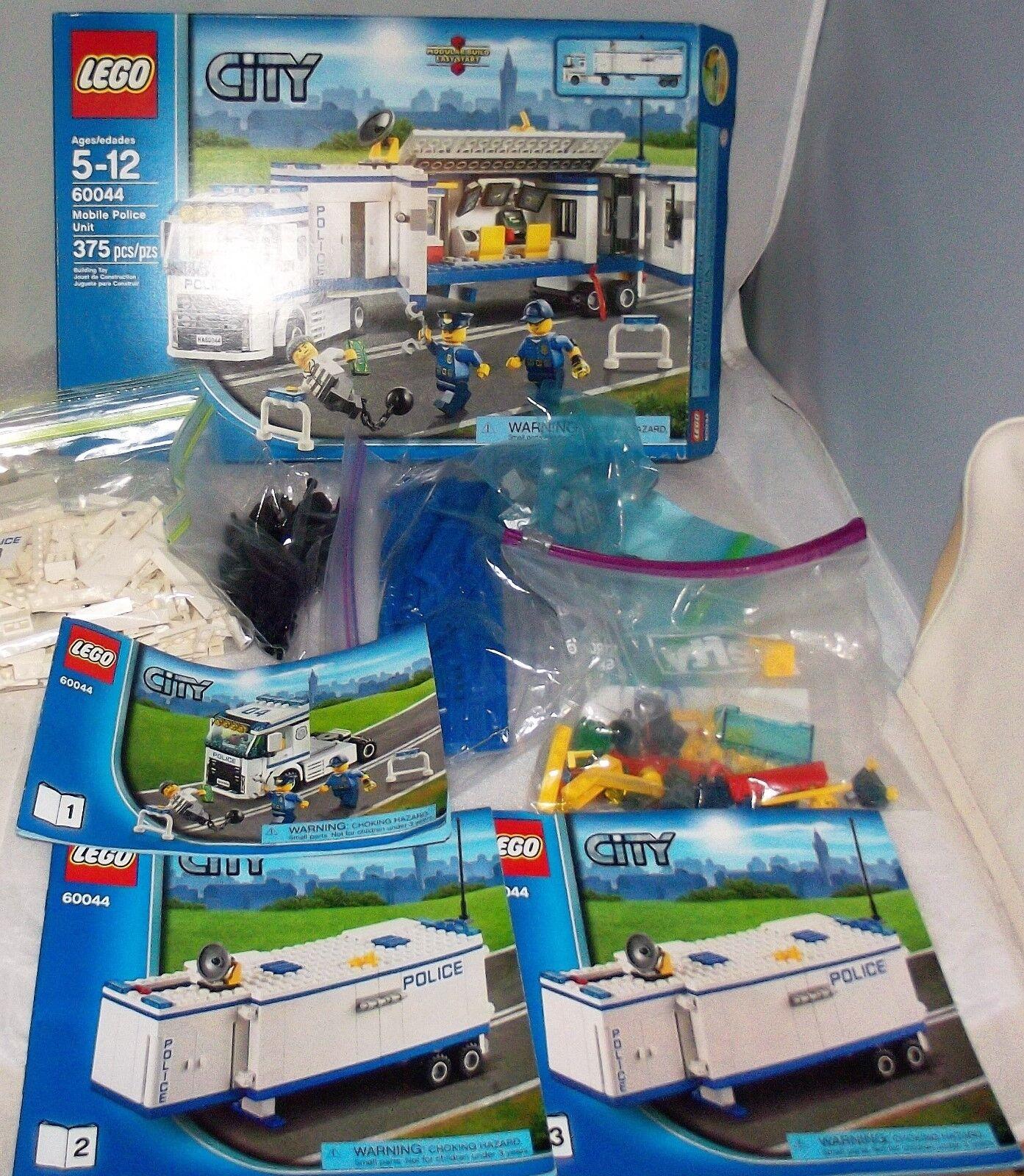 Lego City Mobile police unit  60044 100% complet avec mini figues, hommeuels et boîte En parfait état, dans sa boîte  protection après-vente
