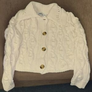 ZARA-ECRU-CROPPED-CABLE-CROCHET-KNITTED-RIBBED-CARDIGAN-WITH-POMPOMS-BOBBLES
