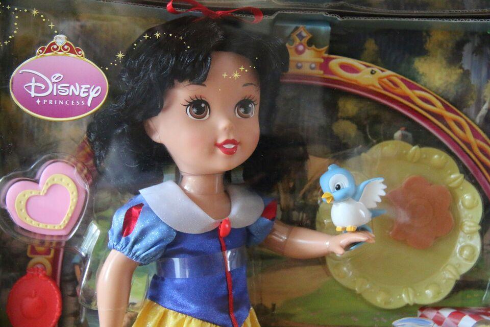 Dukker, SNEHVIDE Disney dukke med ekstra tilbehør