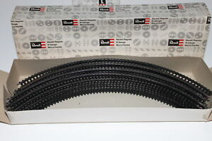 """N Scale Arnold Rapido / Revell Lot of 20 Pieces 8"""" Radius Curved 90 Degree Track"""