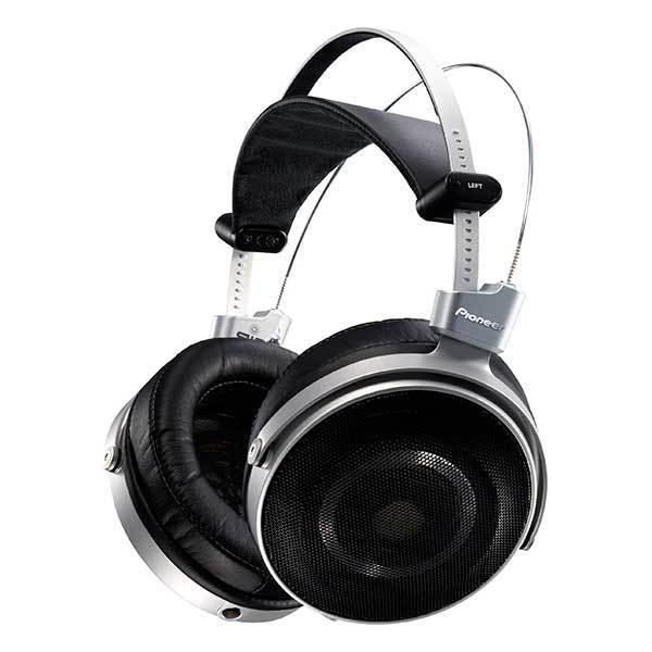 Pioneer SE-MASTER1 Dynamic stereo headphone from Japan