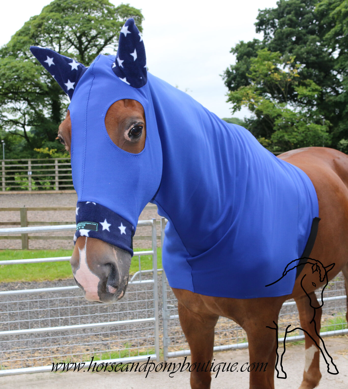 Blau horse hood with fleece trim, with or without zip