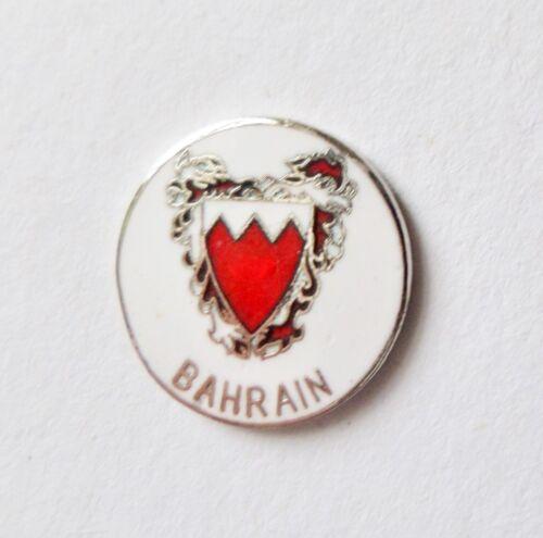 Bahrain Coat of Arms Flag Pin Badge T1416