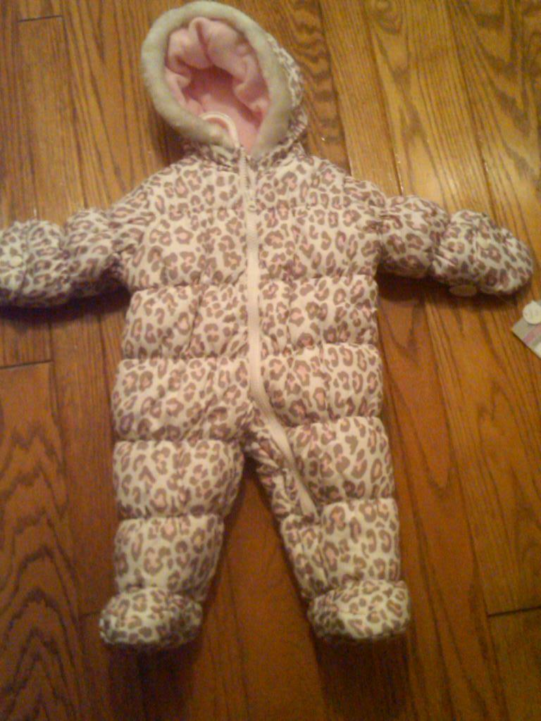 6-9 Months NEW// NWT Carter/'s Faux Fur Cheetah Print Baby Bunting