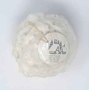 schneeballkerze-boule-de-neige-bougie-blanc-en-cire-bille-forme-Ball