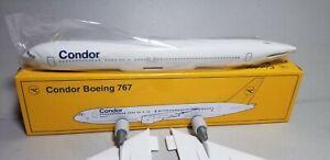 FLIGHT-MINATURE-CONDOR-AIRLINES-767-300-1-200-SCALE-PLASTIC-SNAPFIT-MODEL
