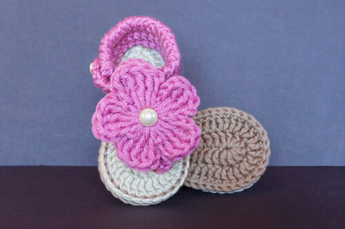 Baby NEWBORN  Girl Heart Sandals baby/'s booties baby shoes boot handmade 0-12