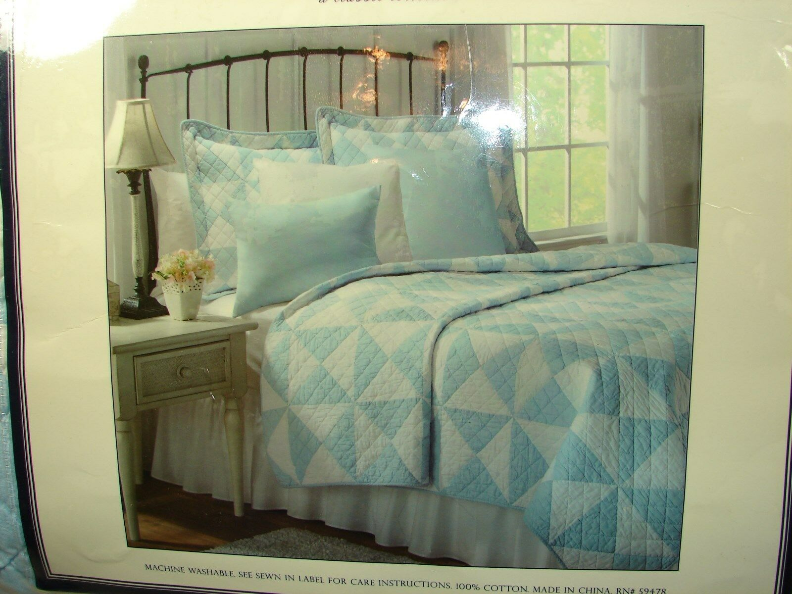 Earl & Wilson Light bluee & White Patchwork Quilt  King  New