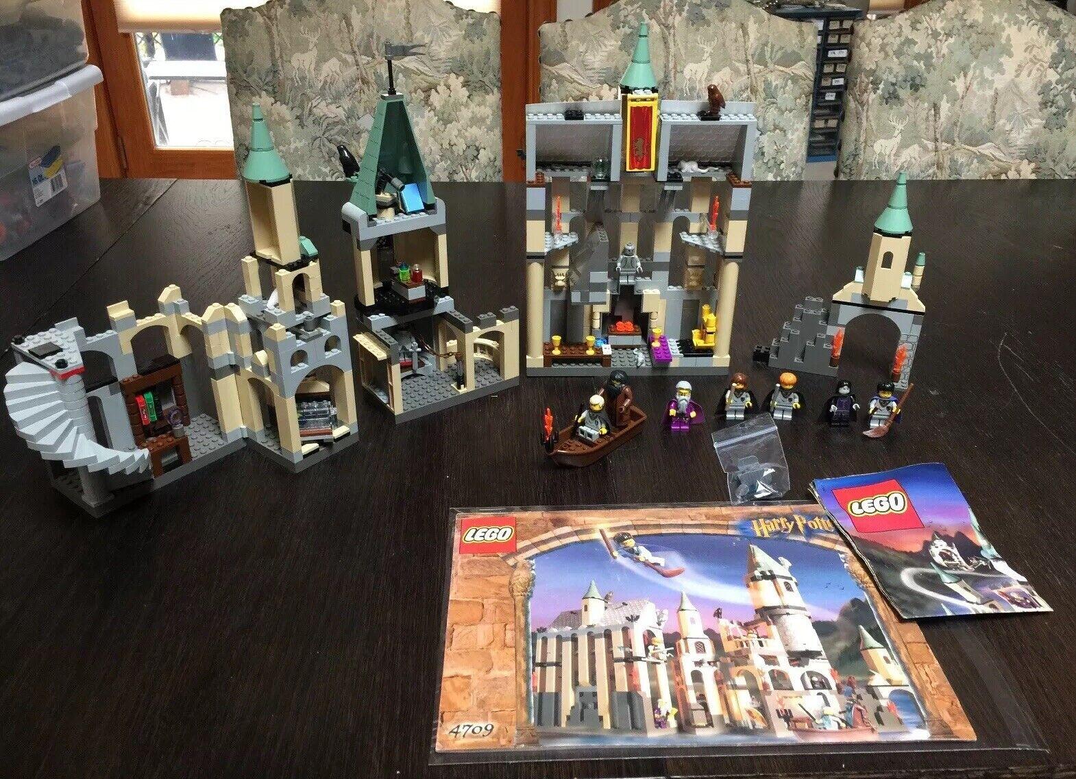 4709 Lego Harry Potter Hogwarts Castillo Completa Con Manual De 9 Mini Figuras Y