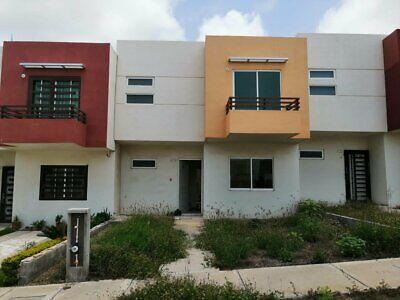 Oportunidad PRECIO REDUCIDO - casa en VENTA Fracc Hacienda del Seminario Ref. 20-303