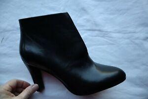 New Black Leather TAHARI Meredith High