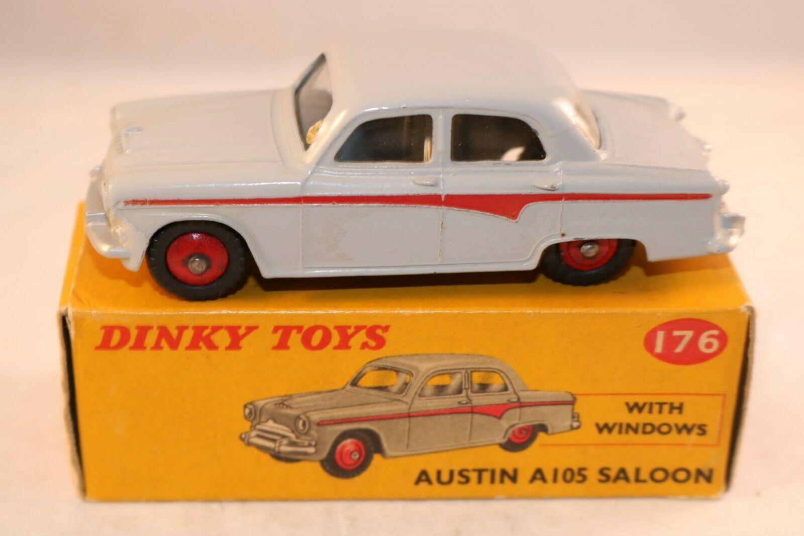 Dinky Toys 176 Austin A105 Saloon very near mint in box all original condition