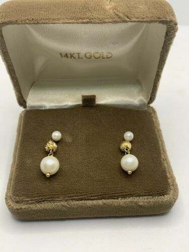 vintage 14k gold pearl and gold earrings