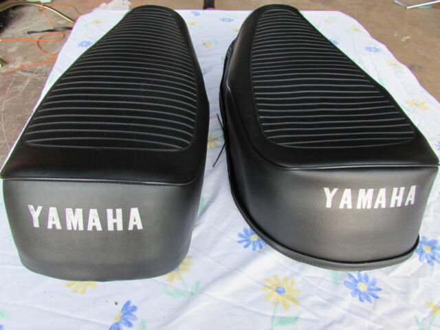 YAMAHA RD 350 1972 to 1975 MODEL REPLACEMENT SEAT COVER dyed logo (Y44--n15)