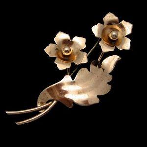 NAPIER-STERLING-Vintage-1940s-Retro-Brooch-Pin-Large-Flower-Rose-Gold-Vermeil