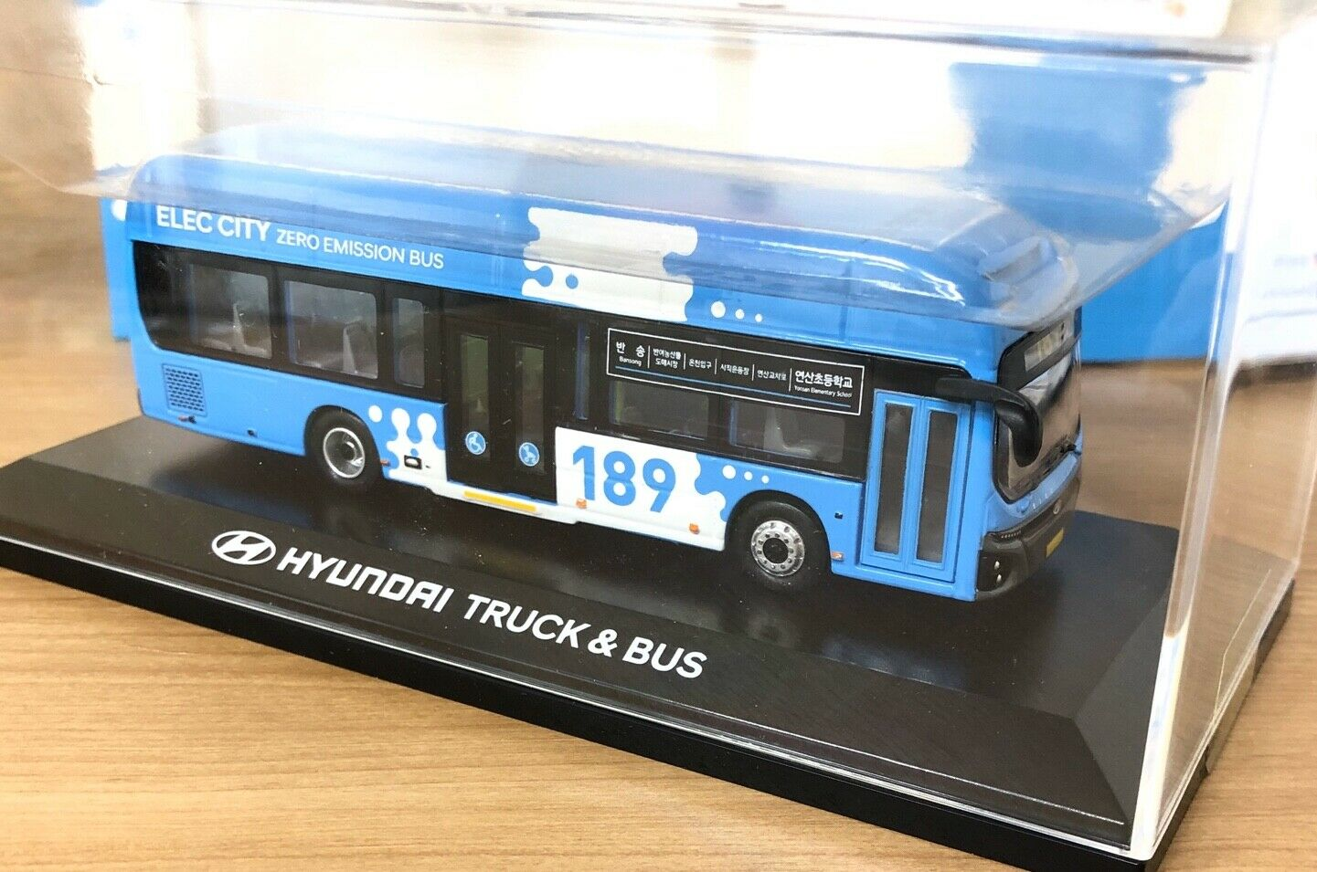 1 87 HYUNDAI ELEC CITY korea busan diecast electric bus 1 87 scale