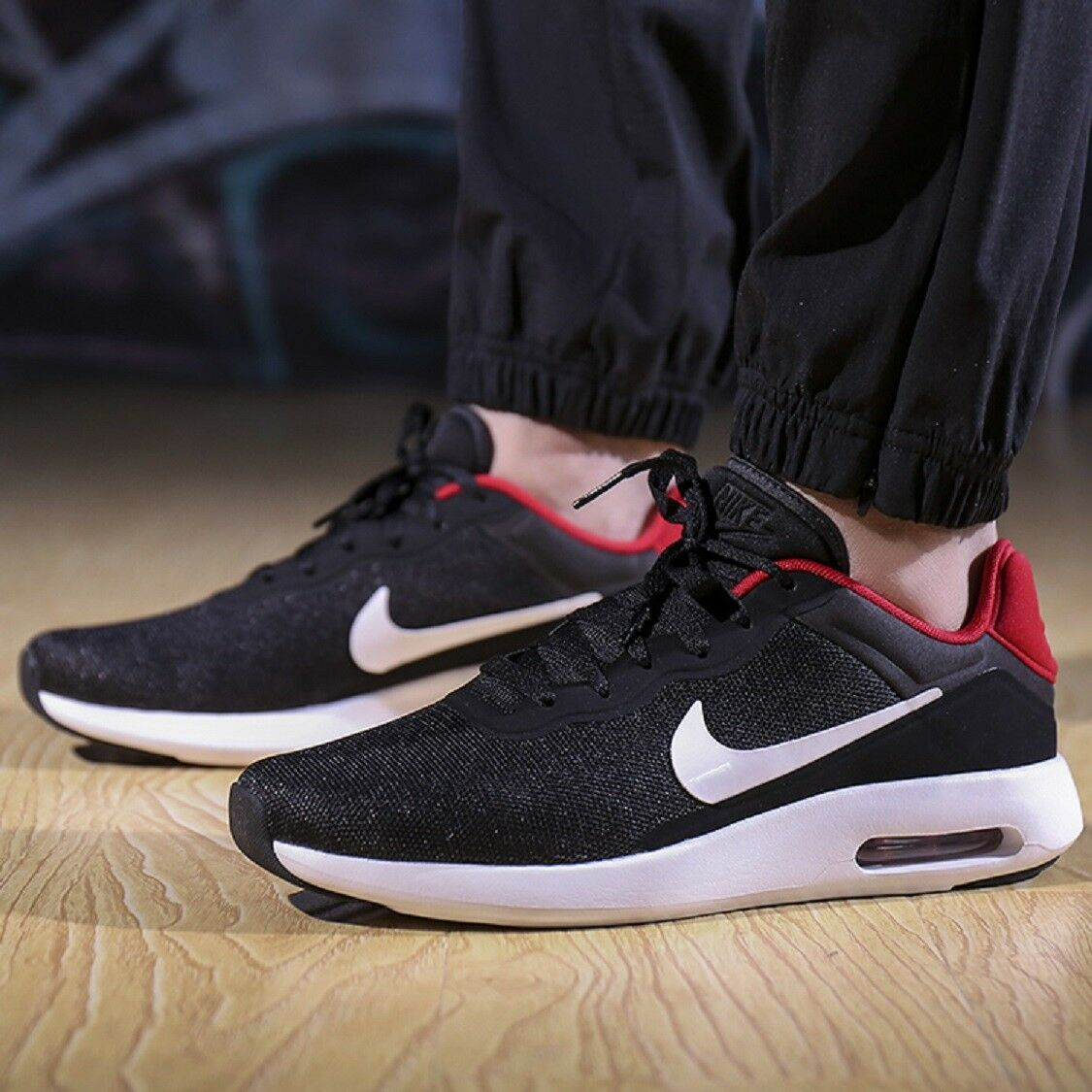 NIKE AIR MAX MODERN ESSENTIAL Running Trainers Gym Casual  Black - Various Sizes