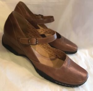 SOFFT-Women-s-Shoes-Flats-Sz-10-Brown-Leather-Mary-Janes-Wedge