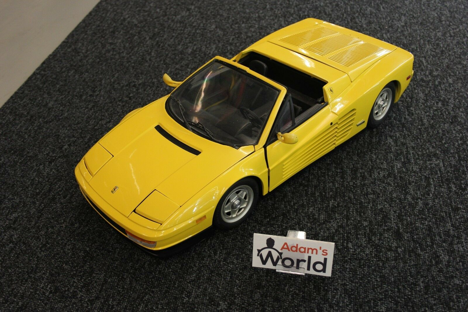 Pocher (build kit) Ferrari Testarossa Spyder 1 8 jaune