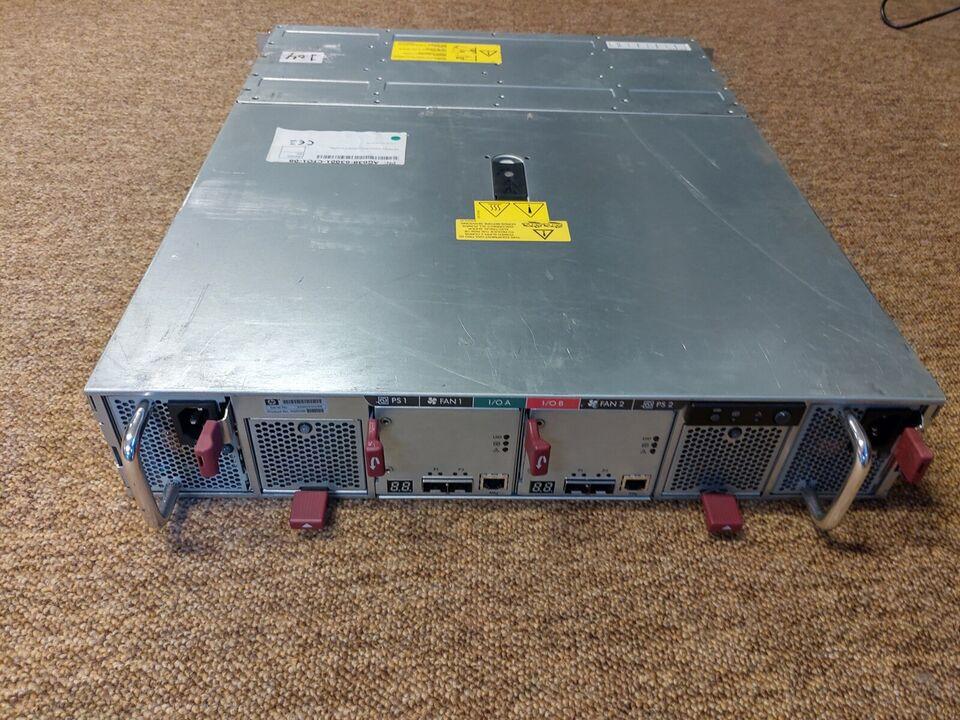 Andet, HP M6412 Storageworks AG638B med 10 diske, God