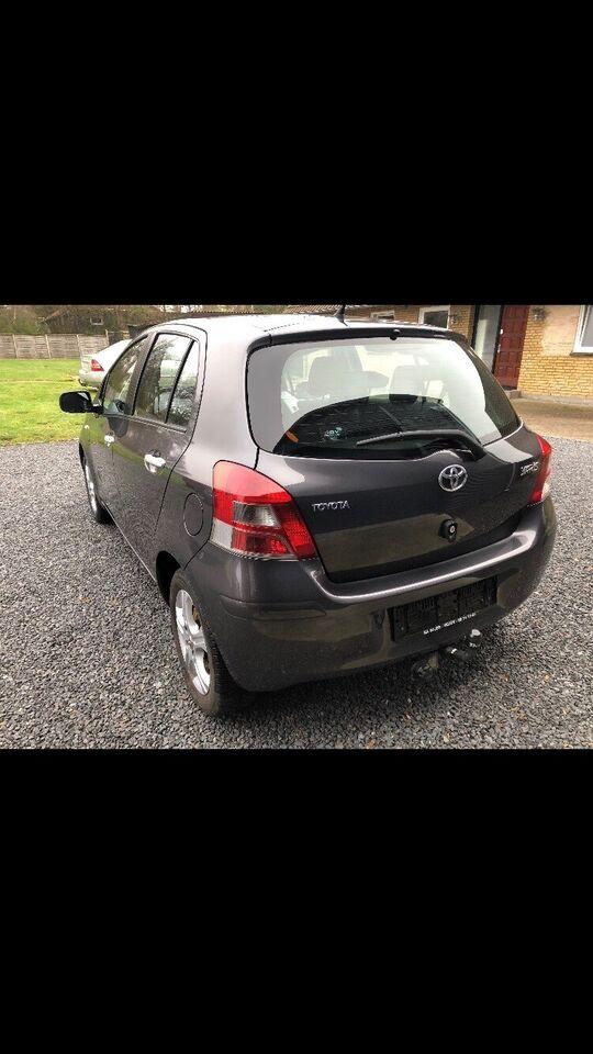 Toyota Yaris, 1,3 T2, Benzin