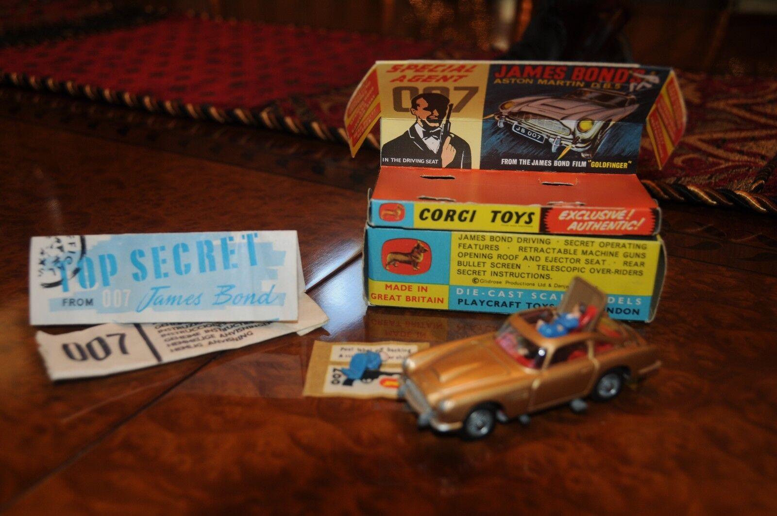 Vintage Corgi Aston Martin   James Bond Agent 007 3
