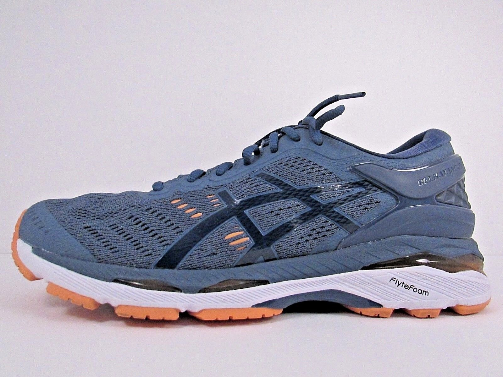 WOMEN'S ASICS GEL KAYANO 24 Größe 10  WORN LESS THAN 20 MILES  RUNNING Schuhe