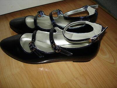 M&S mayor Niñas Azul Zapatos Planos Hebilla Uk Size 3 36 BNWT