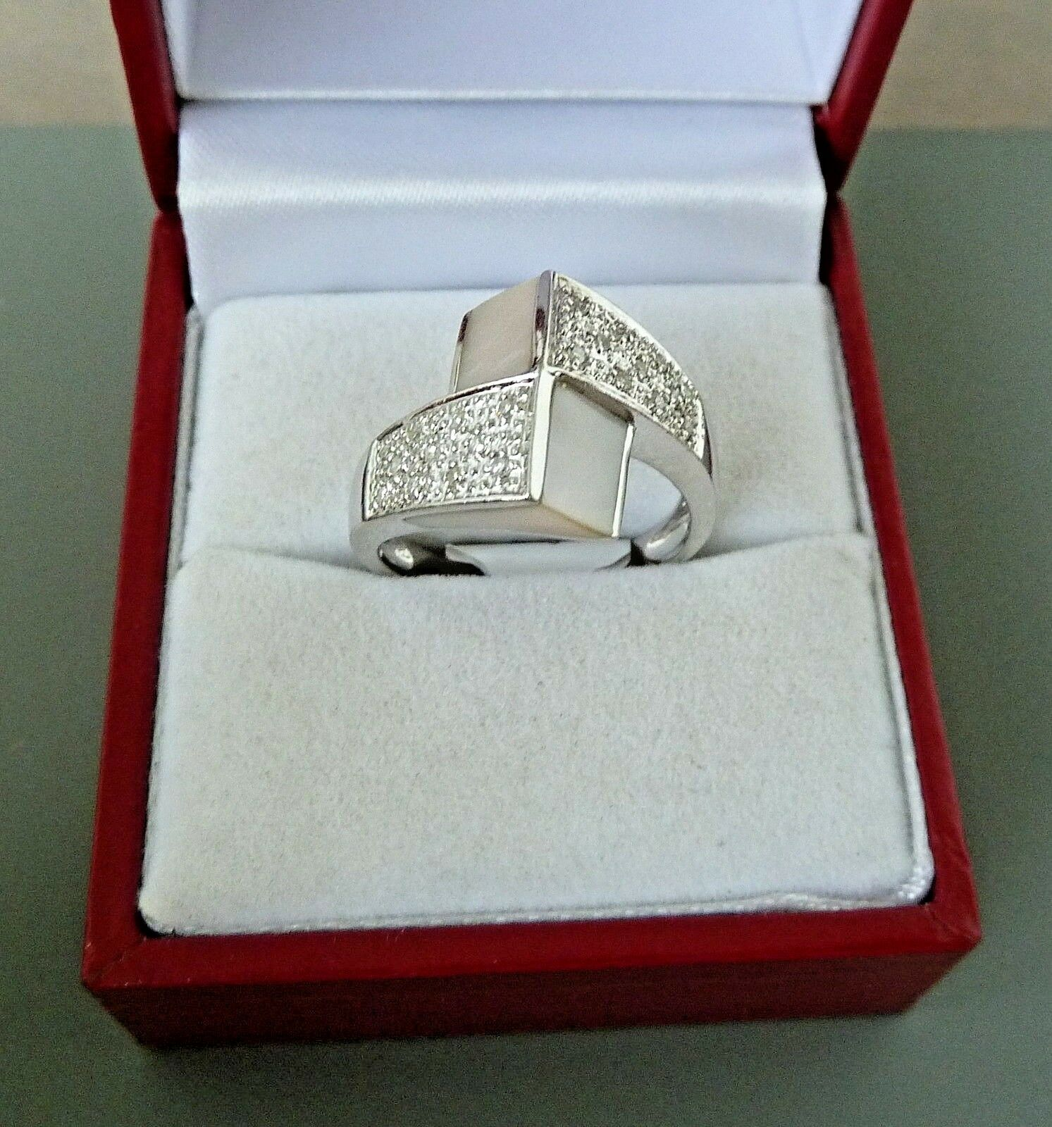 14K WHITE gold MOTHER OF PERL AND DIAMOND RING