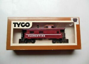 TYCO-327-50-HO-Scale-8-Wheel-Streamline-Caboose-034-CLEMENTINE-034