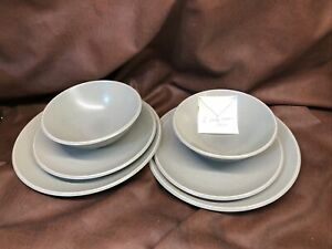 CALVIN-KLEIN-Khaki-Collection-SAGE-2-Dinner-Plates-2-Salad-EUC-2Bowls-VGUC