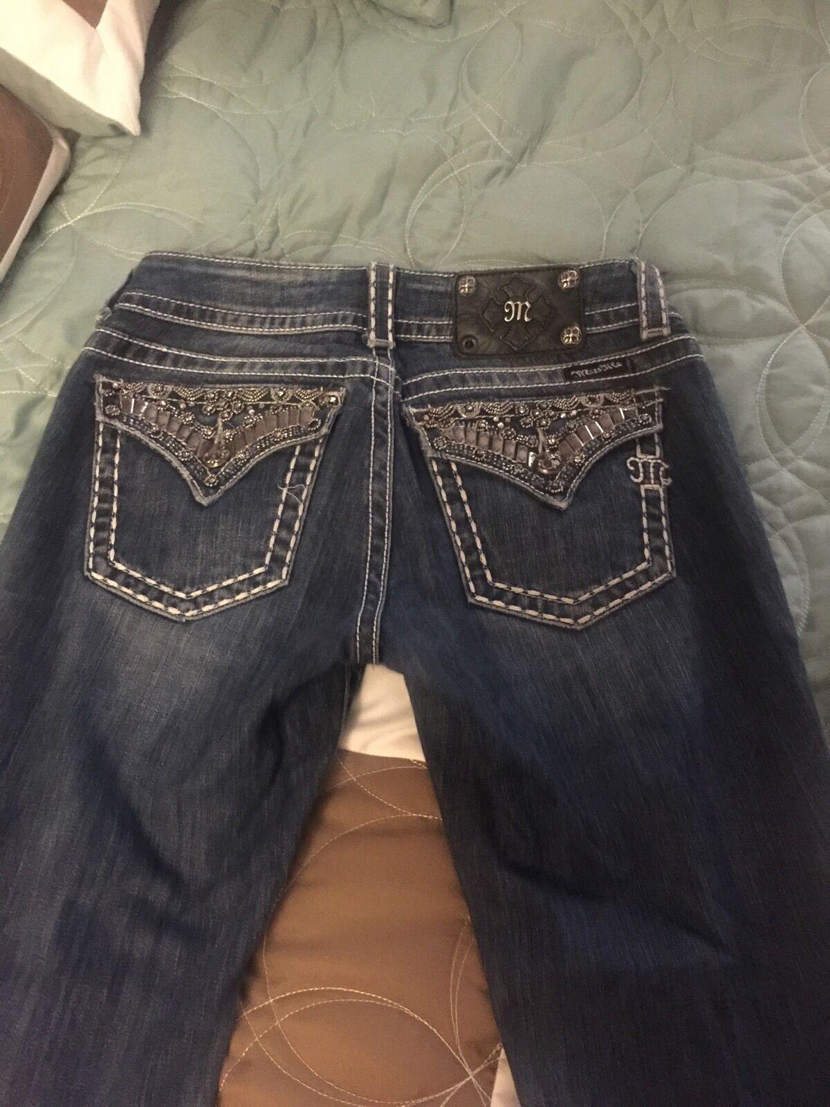 Miss Me Jeans... Easy Stiefel Cut... Größe 28