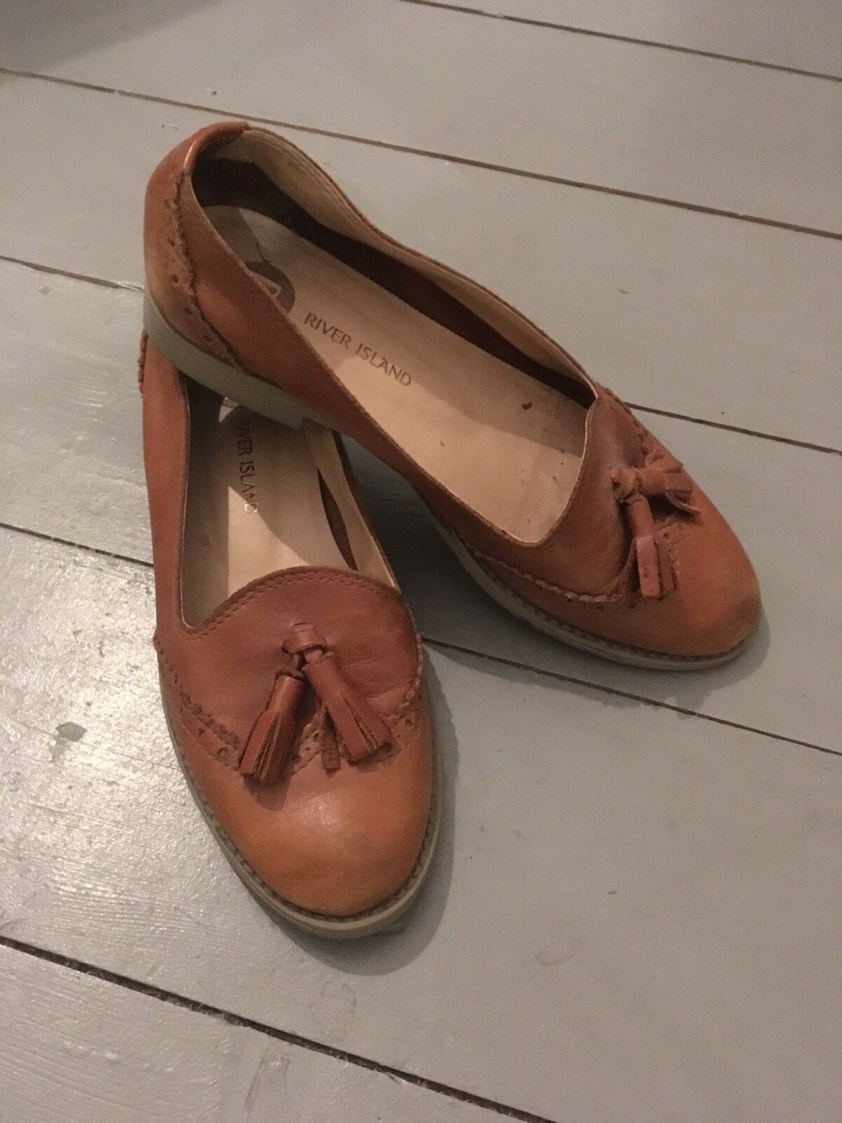 River Island Tan Leather Tassel Loafers Size 38. Vintage Style.