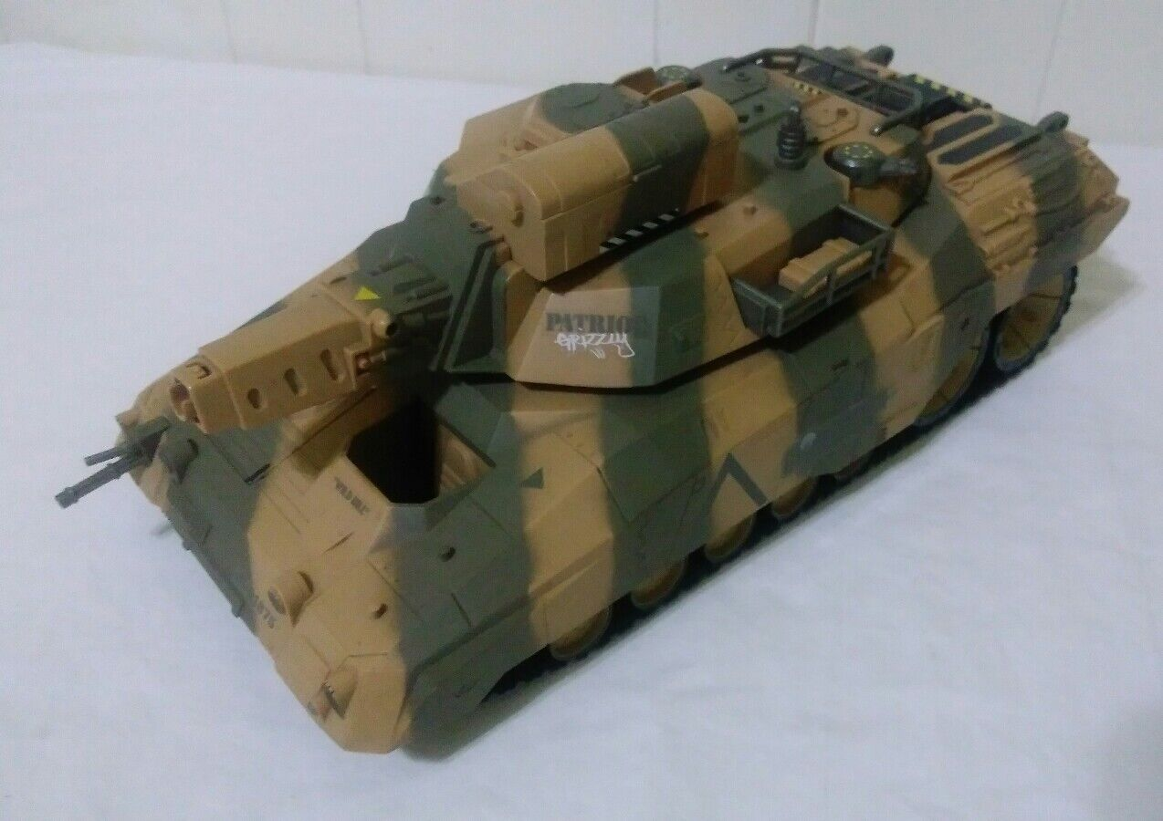 2003 Hasbro G.I. Joe Patriot Grizzly 18  Tank WORKS INCOMPLETE CLEAN VERY RARE