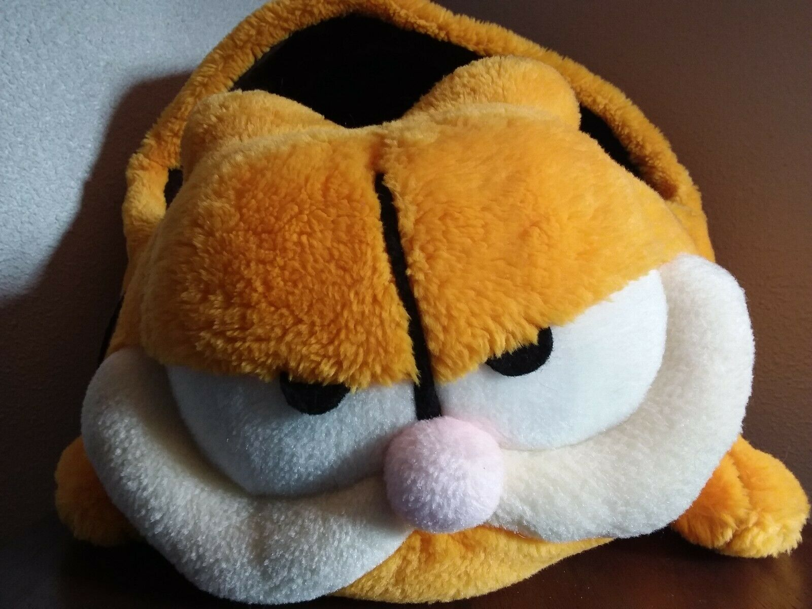 1978 Original Garfield Cat Bed,  22  x 16  x 15