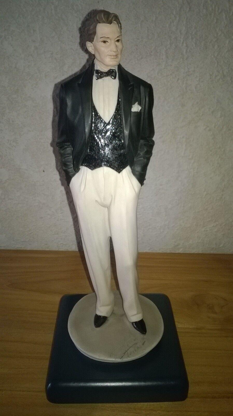 VITTORIO TESSARO NEW Figurine homme smoking 28cm