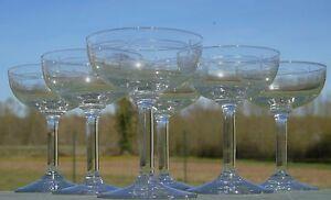 Service-de-6-coupes-a-champagne-en-verre-grave-debut-XXe-s