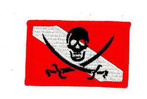 Patch-ecusson-brode-thermocollant-drapeau-scuba-plongee-tete-de-mort-diver