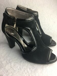 SOFFT-Women-s-Size-8-M-Heels-Peep-Toe-Black-Suede-Patent-Leather-Ankle-Strap-EUC