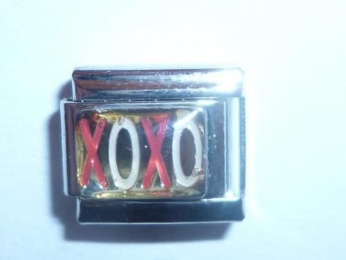 SILVER LOVES AND KISSES ITALIAN CHARM fits all 9mm Italian bracelets  TE11